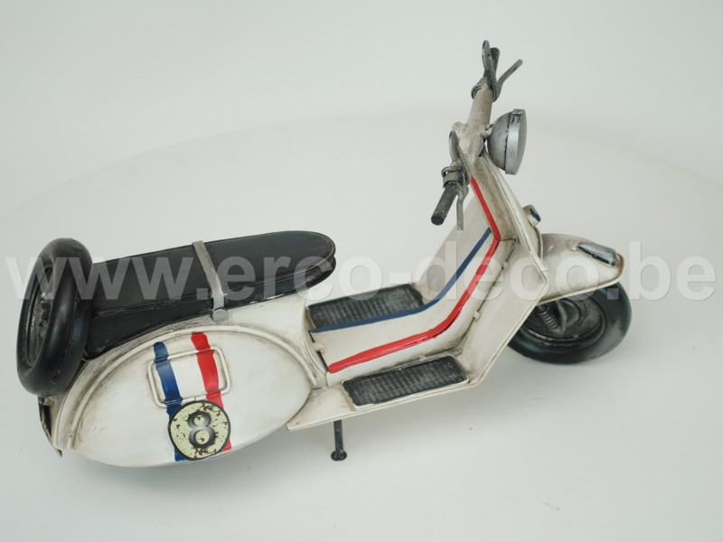 scooter nr. 8